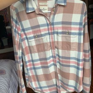 NEVER WORN american eagle flannel